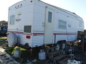 1999 Fleetwood Terry Fifthwheel for Sale in Mount MADONNA, CA
