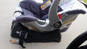 Car seat and stroller set for Sale in Haines City, FL