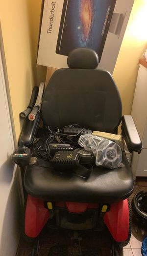 Elite Jazzy Powered Wheelchair for Sale in Brooklyn, NY
