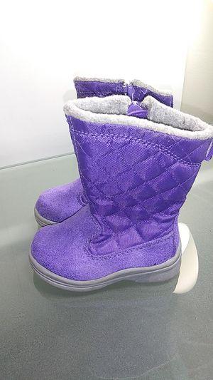 Kids little girl snow boots girls size 4 for Sale in Manheim, PA