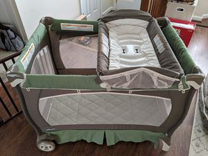 Chicco pack and play for Sale in Eldersburg, MD