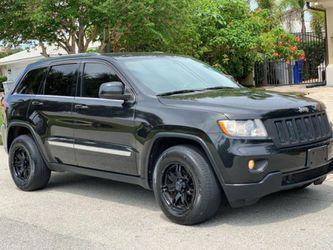 2012 Jeep Grand Cherokee Laredo No negotiable for Sale in Seattle,  WA