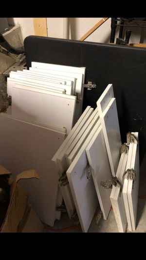 25 All White Kitchen Cabinet Doors for Sale in Pembroke Pines, FL