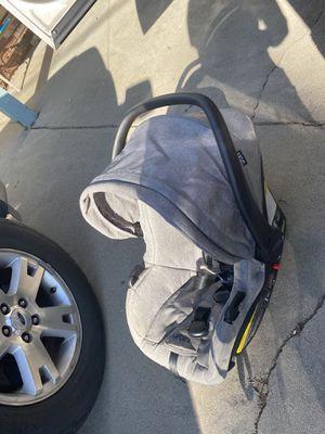 Urbini stroller set for Sale in Norco, CA
