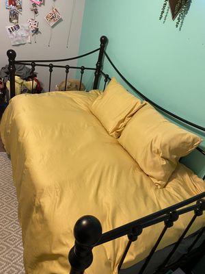 Black day bed for Sale in Redlands, CA