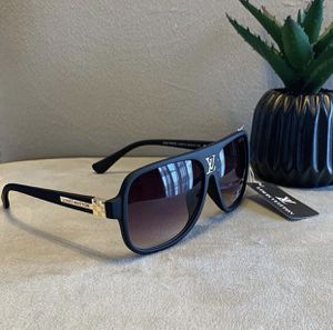 Black and Gold sunglasses. for Sale in Port St. Lucie, FL