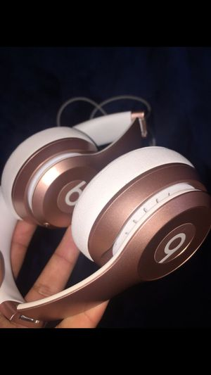 Beats Solo Wireless *NEW* for Sale in Auburn, WA