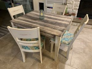Adorable farmhouse kitchen table for Sale in Waddell, AZ