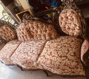 Antique furniture one piece in Good condition for Sale in Orlando, FL