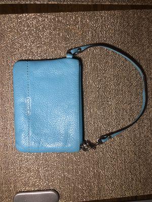 Authentic Blue Coach wristlet for Sale in Oak Lawn, IL