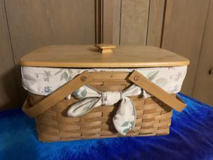 1992 Longaberger Picnic Size Basket for Sale in San Antonio, TX