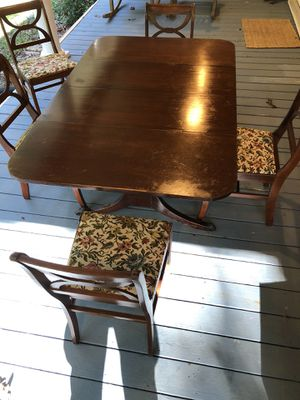 Drop Leaf Table with 5 Chairs. for Sale in Fuquay-Varina, NC