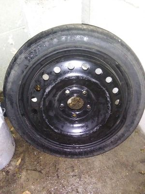 Factory Spare tire and Jack for 2014 Chevy Malibu for Sale in Ocala, FL