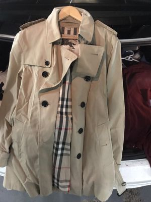 Burberry Mid-Length Trench for Sale in Cambridge, MA