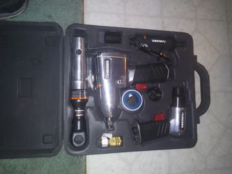 Husky Air Tool Set for Sale in Elk, WA