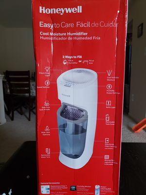 Honeywell Humidifier for Sale in Alexandria, VA