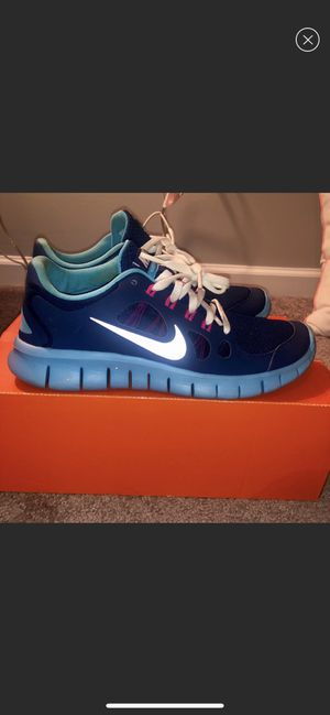 Nike Free Runs - Size 7y for Sale in Atlanta, GA