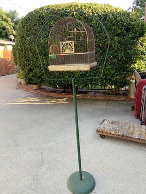 VINTAGE CROWN ART DECO BIRDCAGE AND STAND for Sale in Azusa, CA