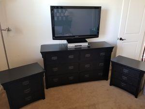Black bedroom set for Sale in Rancho Santa Fe, CA