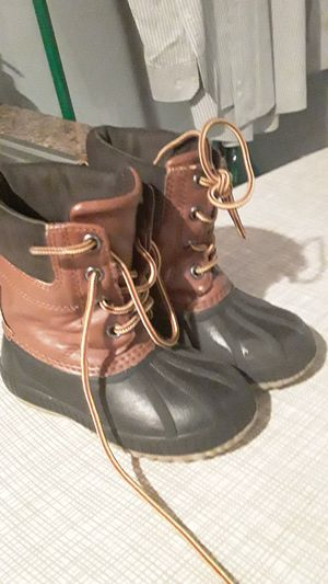 BOYS/GIRLS THINSULATED BOOTS for Sale in Chicago, IL