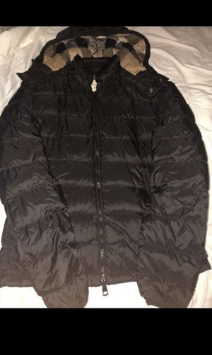 Authentic Burberry jacket for men size SMALL READ DESCRIPTION for Sale in Montgomery Village, MD