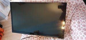Panasonic led 32in tv for Sale in Oakland Park, FL
