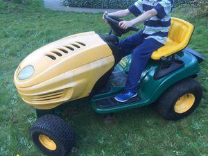 Yard-man MTD Lawn Tractor Mower for Sale in Tacoma, WA