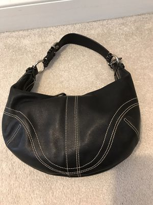 Authentic Leather Coach Hobo Bag for Sale in Mount Laurel Township, NJ