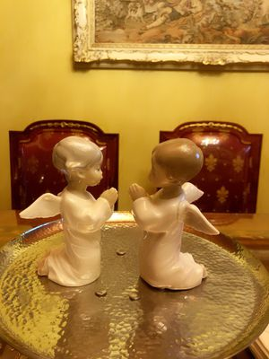 Set of two Lladro Angel Praying Figurines in excellent condition for Sale in Pico Rivera, CA