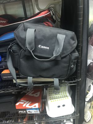 Like new canon camera bag for Sale in Whittier, CA