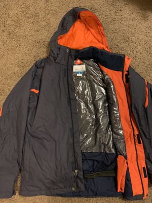 Columbia ski waterproof jacket with thermal insulation for Sale in Buffalo, NY