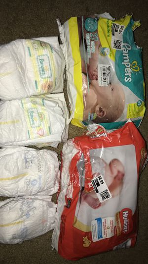 Pampers and huggies and kidgets for Sale in Fontana, CA