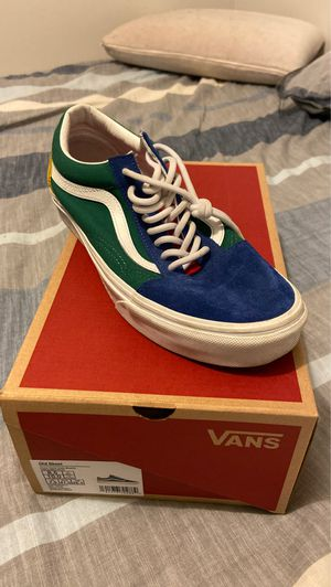 size 8.5 yacht club vans for Sale in Providence, RI