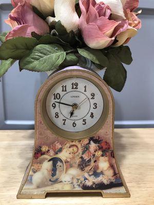 Beautiful! Victorian Kitty Clock for Sale in Gainesville, VA