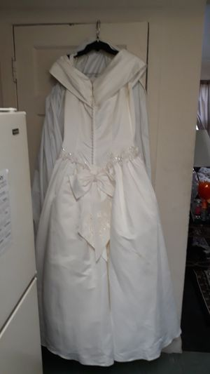 David's & Bridal Wedding Dress for Sale in Alexandria, VA