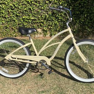 "Like New 24"" Electra Cruiser - Brand New White Wall Tires for Sale in Long Beach, CA"