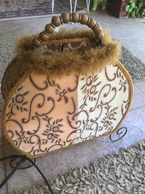 Antique purse LAMP Tan with furry and beaded handle. Super cute! Works perfect On/Off switch for Sale in Modesto, CA