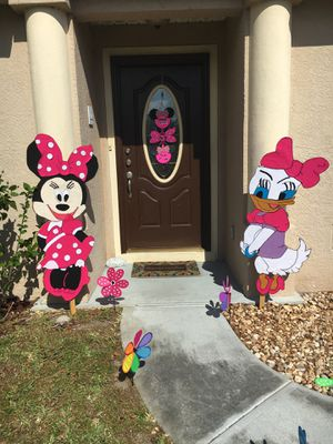 Hand made wood Minnie Mouse & Daisy, String Piñata and more Party decorations for Sale in Palm Bay, FL
