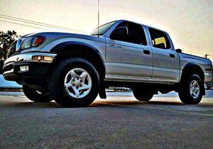 ֆ14OO 4WD Toyota Tacoma Clean for Sale in Arlington, VA