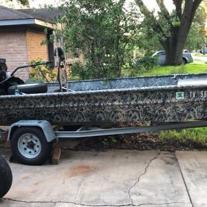 27 HP Godevil surface drive Mud Boat for Sale in Houston, TX