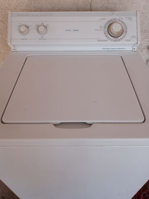 Whirlpool washer for Sale in Bakersfield, CA