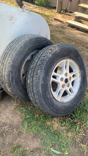 99-04 cherokee wheels and tires for Sale in Modesto, CA