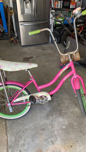 Schwinn girls bike for Sale in Paradise Valley, AZ