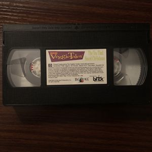VeggieTales 'The Toy That Saved Christmas' *Vhs for Sale in Naperville, IL