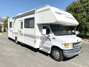 2001 Chateau Class C Motorhome 30FT for Sale in Rancho Cucamonga, CA