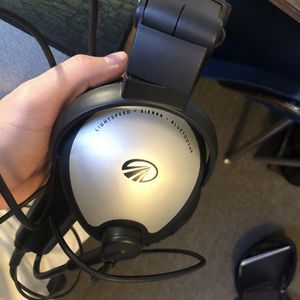Light speed aviation headset for Sale in Tulsa, OK