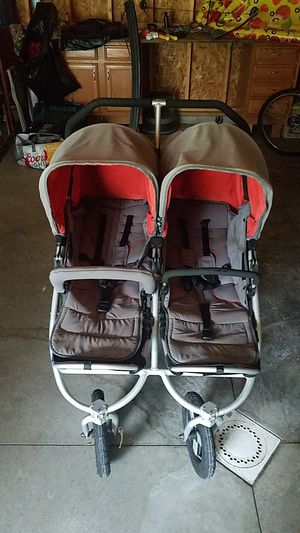 Bumbleride Double Stroller for Sale in N BELLE VRN, PA