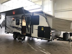 2019 SolAire 18FT Hybrid Camper for Sale in Belleville, MI