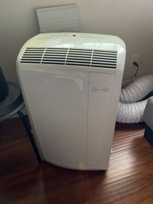 Delonghi Portable AC unit 11,500 btu for Sale in Monrovia, CA