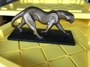 Nice Cougar Panther Statue for Sale in Pasadena, CA